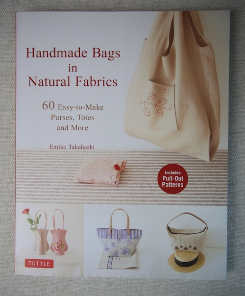 Book Review – Handmade Bags in Natural Fabrics (Now in English)